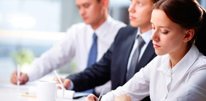 Warunkiem bycia zarejestrowanym w pośredniaku jest gotowość do podjęcia pracy.