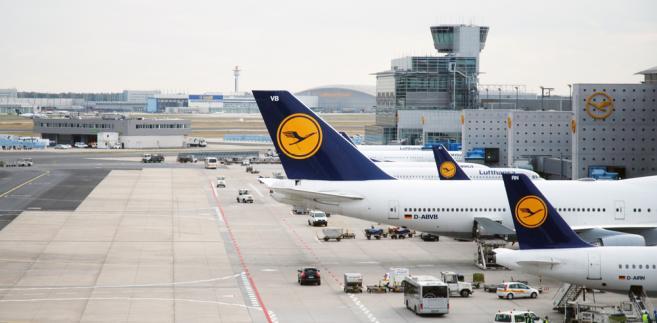 """Według Spohra Lufthansa nie zamierza podnosić cen, gdyż """"konkurencja w Europie i na świecie jest ostra""""."""