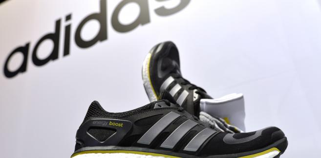 Jak wiadomo, wyróżnikiem produktów Adidasa są trzy paski.