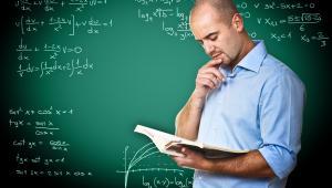 Dziś dyrektorzy mają ostatni dzień na dokonanie zwolnień wśród nauczycieli.