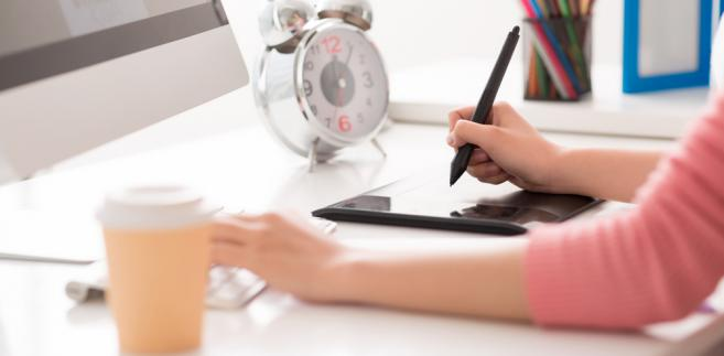 praca, komputer, laptop, samozatrudnienie