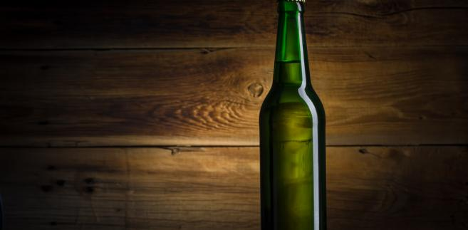Za średnią pensję kupi się 2,5 razy więcej alkoholu niż 12 lat temu