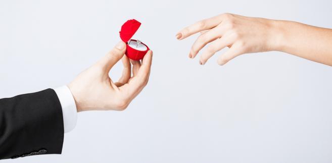 małżeństwo-zaręczyny-oświadczyny