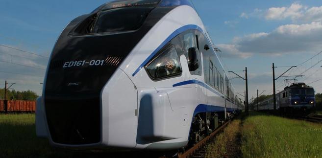 Kwestionowany przepis ustawy o transporcie kolejowym wprowadza – jak podkreślił RPO - bezterminowe zwolnienie z obowiązku ciążącego na przedsiębiorstwie kolejowym i zarządcy stacji, co zdaniem RPO jest niezgodne z konstytucją.