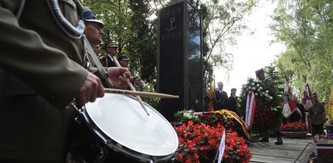 71. rocznica Powstania Warszawskiego. Główne obchody przy pomniku Gloria Victis [ZDJĘCIA]