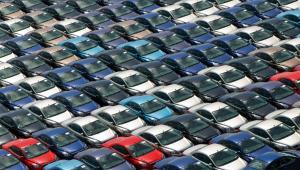 W 2030 r. jedno na dziesięć aut w miastach ma być współdzielone.