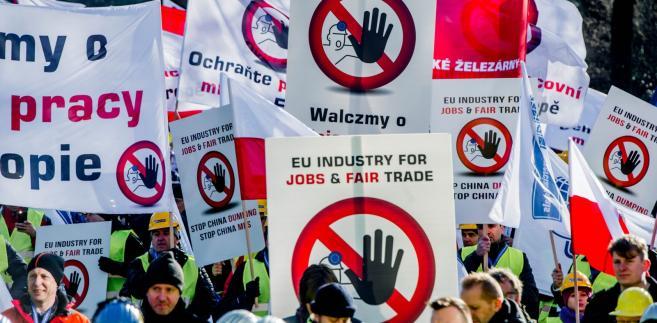 Protest przeciwko nieuczciwym praktykom gospodarczych stosowanych przez Chiny