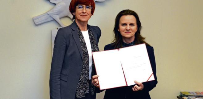 Minister rodziny, pracy i polityki społecznej Elżbieta Rafalska i prof. Gertruda Uścińska