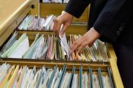 Akta główne sprawy Amber Gold to 540 tomów. Akta pokrzywdzonych - 15 tys