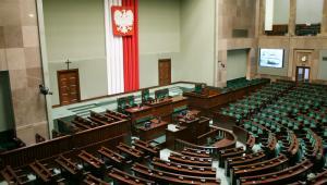 Jedną z najważniejszych zmian, które wprowadza przyjęta nowela ustawy Prawo o szkolnictwie wyższym oraz niektórych innych ustaw, jest modyfikacja kryteriów stosowanych przez Polską Komisję Akredytacyjną (PKA) w ocenie jakości kształcenia