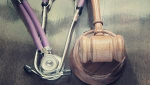 W pierwszej części komentarza zaprezentowane zostały znowelizowane przepisy zawarte w dziale pierwszym (przepisy ogólne) oraz dwóch pierwszych rozdziałach działu drugiego (zasady funkcjonowania podmiotów leczniczych) analizowanej ustawy