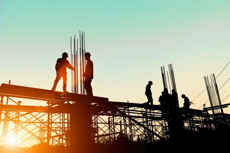 praca pracownik budowa