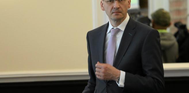 Wzrost wynagrodzeń wyniesie w tym roku 4,5-5% po wzroście o 4,5% w 2016 r., prognozuje wicepremier, minister rozwoju i finansów Mateusz Morawiecki.