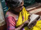 Kto stoi za twoimi butami? Realia pracy w Indiach