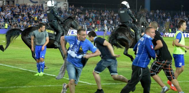 Zamieszki na stadionie