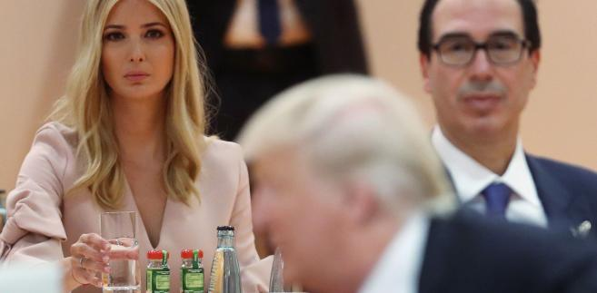 """Zdaniem części francuskich mediów prezydent USA Donald Trump """"zdał egzamin"""" na swoim pierwszym szczycie G20"""