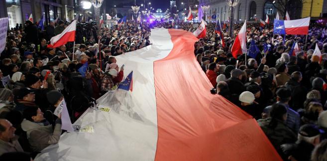 Pałac Prezydencki, demonstracja przeciwko reformie sądownictwa