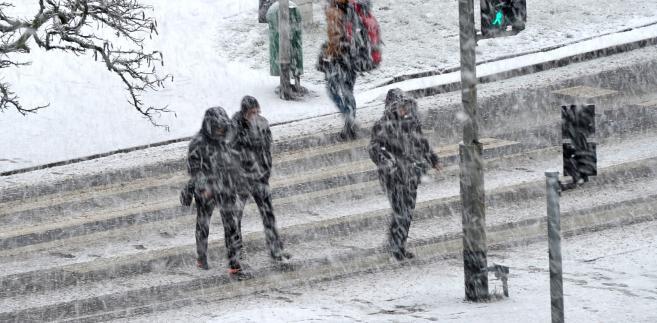 Silny wiatr i śnieg w Szczecinie