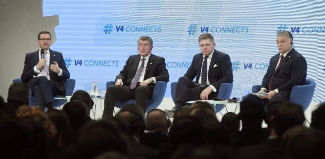 Premierzy państw grupy V4: od lewej Mateusz Morawiecki, Andrej Babisz, Robert Fico i Viktor Orban