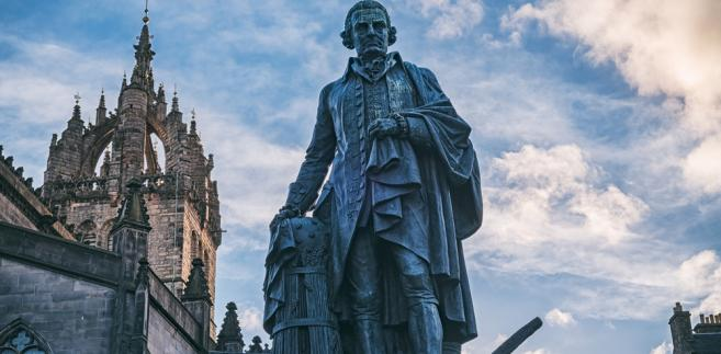 Pomnik Adama Smitha w Edynburgu