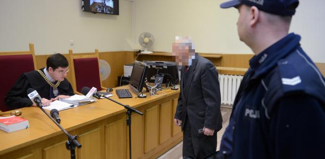 Oskarżony były generał SB Józef S. podczas procesu.