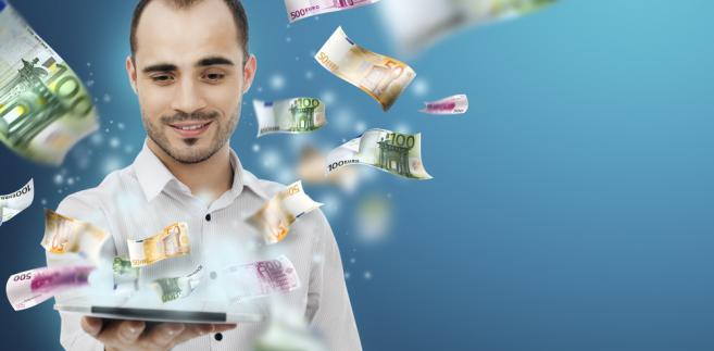 W uzasadnieniu do propozycji resortu finansów napisano, że ustawa o swobodzie działalności gospodarczej nakazuje dokonywanie płatności między przedsiębiorcami - powyżej 15 tys. euro - za pośrednictwem rachunku bankowego.