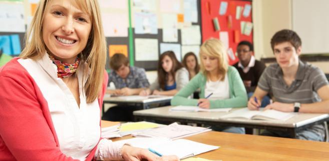 Dyrektorzy szkół przyznają, że tak długie przerwy w pracy będą miały wpływ na działanie placówek.