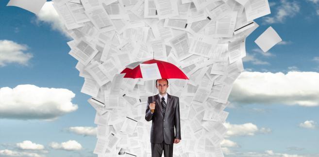 Jeżeli ustawa nowelizująca nie zawiera przepisów przejściowych, przyjmuje się, że zastosowanie mają bezpośrednio nowe przepisy
