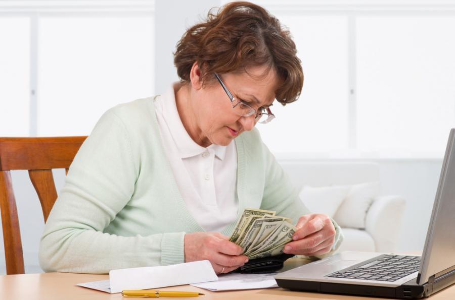 emeryt, pieniądze