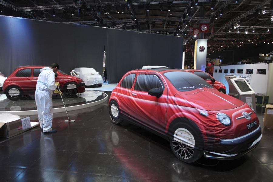 Najnowszy model fiata 500 zaprezentowany na wystawie samochodowej w Detroit.