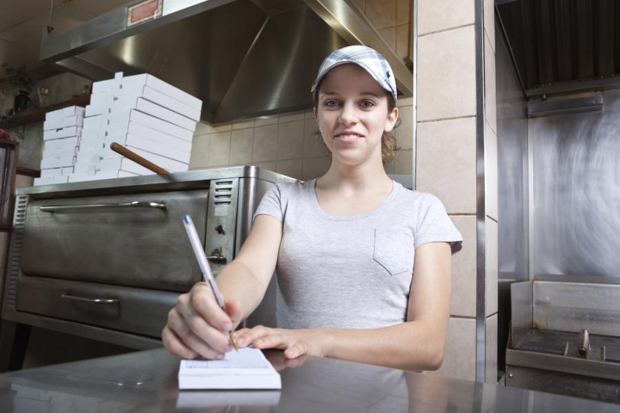 Pracownik sieci fast food