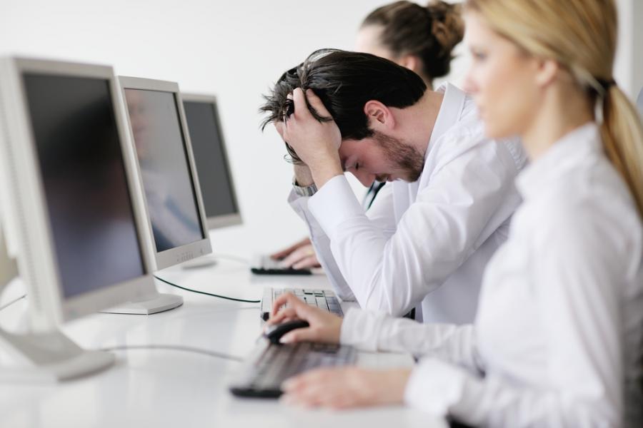 praca, komputer, zmęczenie