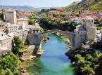 8. miejsce - Bośnia i Hercegowina. Mieszkańcy Bośni i Hercegowiny są przyjaźni i otwarci na cudzoziemców. Przestępczość nie stanowi większego problemu, warto jednak (jak wszędzie) uważać na kieszonkowców.