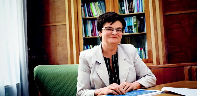 Minister edukacji jest krytykowana przez rodziców i opozycję. Teraz również przez NIK