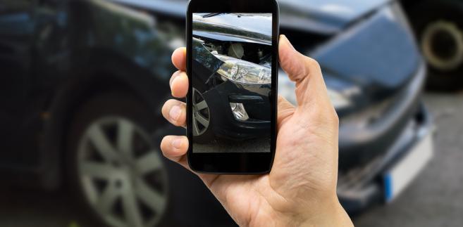 ubezpieczenia-smartfon-wypadek