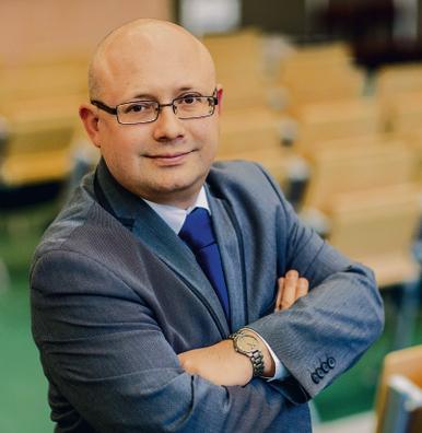 dr Arkadiusz Babczuk, adiunkt w Katedrze Finansów i Rachunkowości Uniwersytetu Ekonomicznego we Wrocławiu, dyrektor Centrum Badawczego Fundacji Karkonoskiej