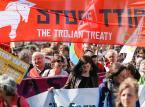 Tysiące ludzi wyszło na ulice w różnych krajach europejskich, aby zaprotestować transatlantyckie partnerstwo handlowe i inwestycyjne (TTIP), a umowy o wolnym handlu są wynegocjowane przez Stany Zjednoczone i państw członkowskich UE. Na zdjęciu demonstracja w Belgii.