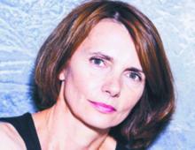 Marta Guzowska doktor archeologii, specjalistka w dziedzinie ceramiki egejskiej, autorka książek kryminalnych