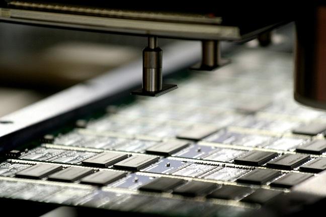 Produkcja modułów pamięci  Wilk Elektronik