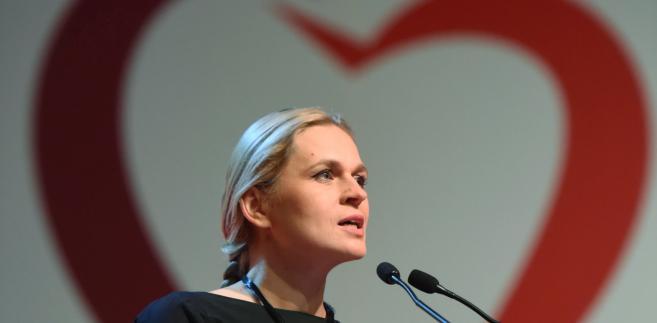 Barbara Nowacka podczas konwencji wyborczej ZL SLD+TR+PPS+UP+Zieloni