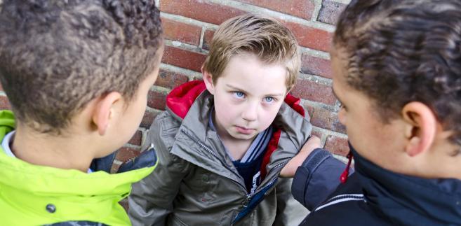 Dzieci przemoc