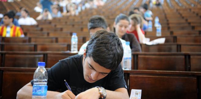 Według CKE, co trzeci maturzysta to osoba powtarzająca egzamin