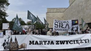 Uczestnicy Trójmiejskiego Antymarszu Równości, PAP/Adam Warżawa