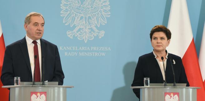 Premier Beata Szydło i minister w KPRM Henryk Kowalczyk