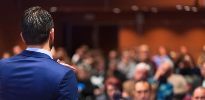 Scenariusz sobotniego zjazdu obejmuje w sumie kilkanaście wystąpień, w tym liderów PO i Nowoczesnej