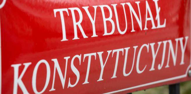 """Komentując oświadczenie sędziego Biernata w tej sprawie, Muszyński oświadczył: """"Sędzia Biernat wyraźnie nudzi się na urlopie""""."""