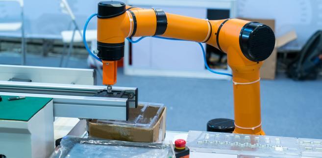 Okazuje się, że 88 proc. straconych miejsc pracy w amerykańskich fabrykach było spowodowane automatyzacją procesów produkcyjnych, a nie handlem z Chinami czy Meksykiem