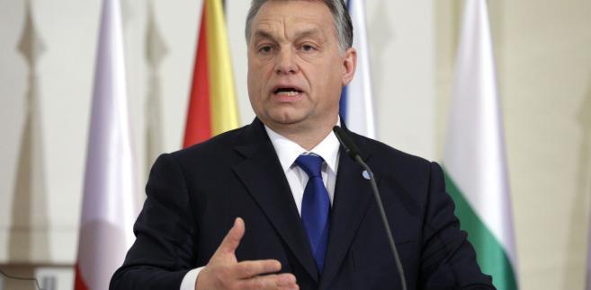 Premier Viktor Orban zadowolony z przytłaczającej wygranej swojej partii