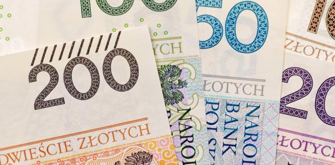 Spośród największych amerykańskich filii działających w Polsce wyróżnia się Bank Handlowy.