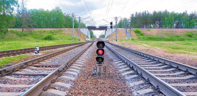 Koszmar podróżujących na trasie ze stolicy do Lublina przedłuży się więc o osiem, dziewięć miesięcy.